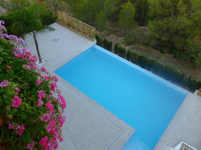 Suministros agr colas claudio navarro s l instalaciones for Suministros para piscinas